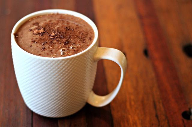 Vì sao bạn không nên ăn sô cô la trước khi đi ngủ? - Ảnh 3.