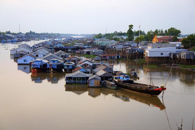 Thăm làng bè Châu Đốc mùa nước nổi - Ảnh 8.