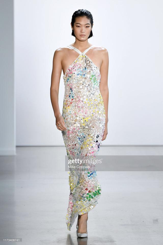 BST Xuân – Hè 2020 của Công Trí thành công tại New York Fashion Week - Ảnh 6.