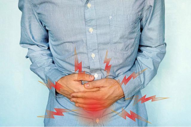 Rối loạn tiêu hóa sau khi uống rượu bia, cảnh báo nguy cơ viêm đại tràng - Ảnh 1.
