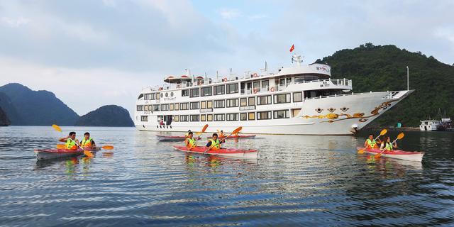 Khám phá Vịnh Hạ Long bằng du thuyền Oriental Sails – Hành trình lý tưởng cho mùa hè rực rỡ - Ảnh 1.