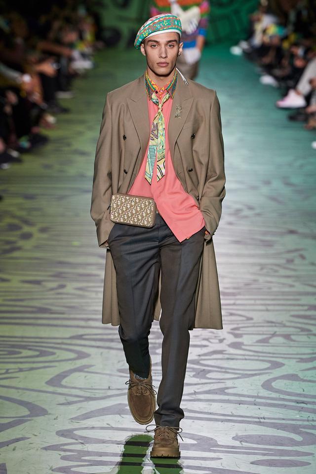 BST pre-fall 2020 dành cho nam giới của Dior: sắc màu biển nhiệt đới - Ảnh 3.