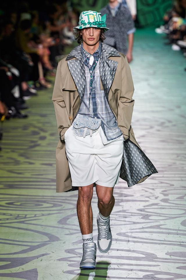 BST pre-fall 2020 dành cho nam giới của Dior: sắc màu biển nhiệt đới - Ảnh 10.