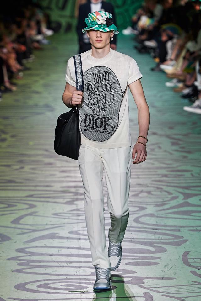 BST pre-fall 2020 dành cho nam giới của Dior: sắc màu biển nhiệt đới - Ảnh 8.