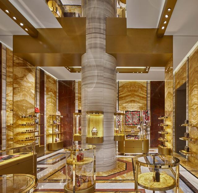 Thử mua sắm tại cửa hàng thời trang thực tế ảo của Dolce & Gabbana - Ảnh 3.