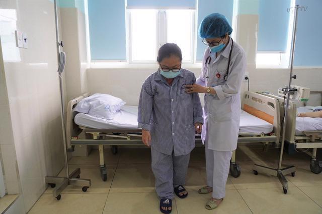 17 tuổi đã bị đột quỵ, may đến bệnh viện kịp giờ vàng - Ảnh 1.