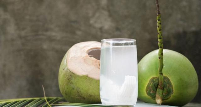 Trái dừa – công dụng tuyệt vời cho sức khỏe - Ảnh 1.