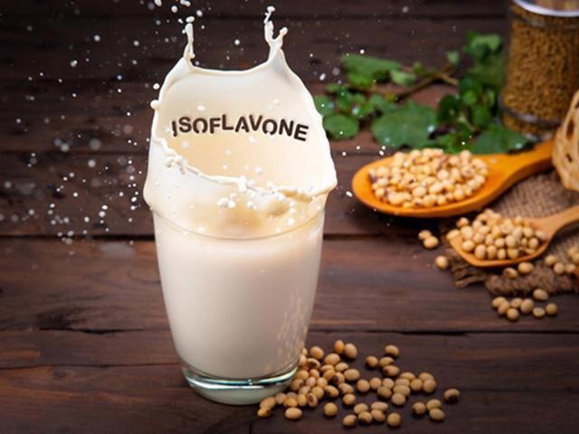 9 lợi ích hàng đầu của sữa đậu nành - Ảnh 3.