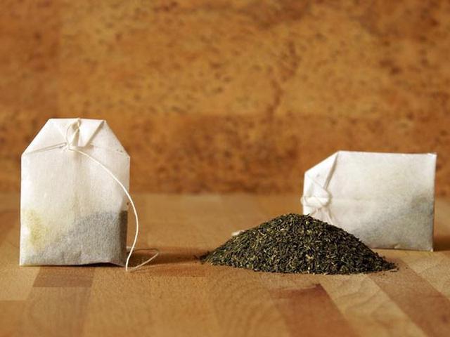 Công dụng bất ngờ của túi trà đã qua sử dụng - Ảnh 1.