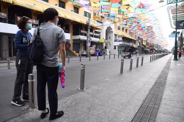 Tết Songkran trong im ắng, du lịch Thái Lan thiệt hại nặng nề - Ảnh 1.