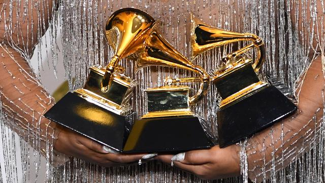 Lễ trao giải Grammy lần thứ 63 sẽ không được tổ chức như dự kiến - Ảnh 2.