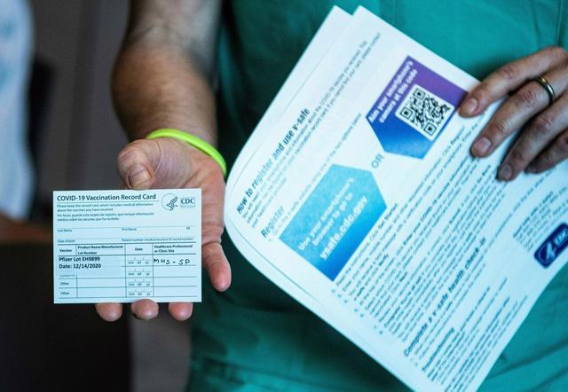Những quốc gia đầu tiên miễn cách ly với du khách đã tiêm vaccine - Ảnh 2.