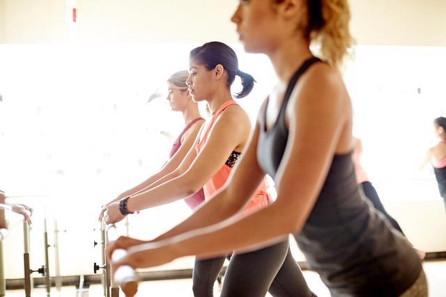 7 ghi nhớ để tập gym hiệu quả trong mùa hè - Ảnh 1.