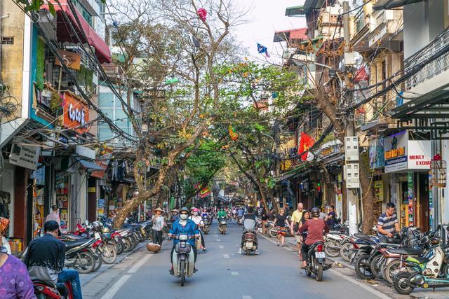 Việt Nam có 3 thành phố lọt top 10 chi tiêu rẻ nhất châu Á - Ảnh 1.