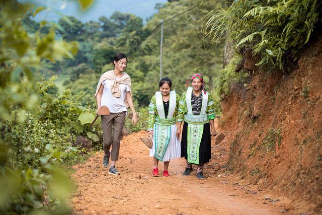 Hoa hậu Lương Thùy Linh thực hiện dự án nhân ái tại Cao Bằng - Ảnh 3.