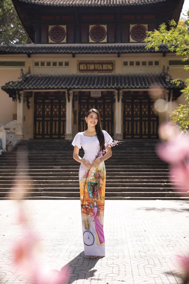 Cùng Hoa hậu Tiểu Vy bắt trend xu hướng áo dài Tết năm nay - Ảnh 4.