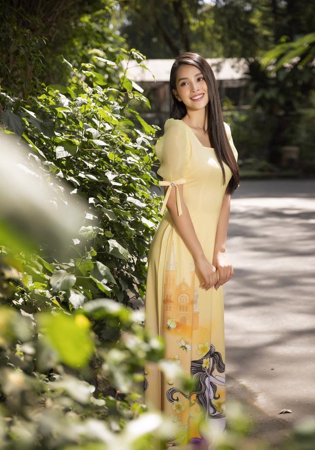 Cùng Hoa hậu Tiểu Vy bắt trend xu hướng áo dài Tết năm nay - Ảnh 6.