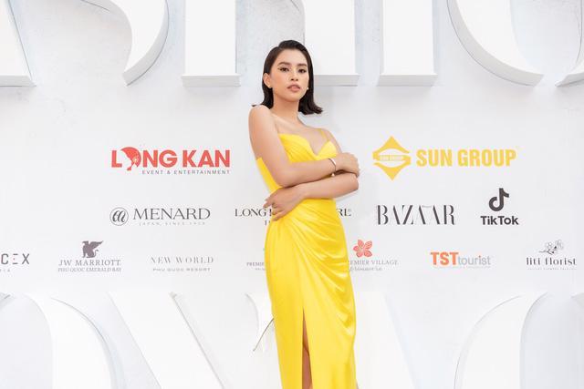 Dàn Hoa hậu, Á hậu tỏa sáng tại Fashion Voyage - Ảnh 4.
