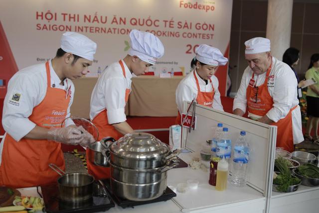Chung kết thi nấu ăn quốc tế Sài Gòn tại Vietnam Foodexpo 2017 - Ảnh 1.