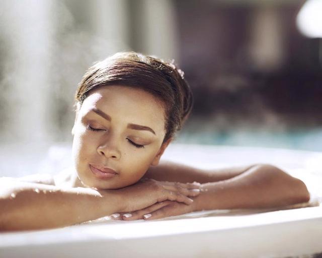 Có mối liên hệ giữa việc tắm nước nóng và lượng đường trong máu? - Ảnh 1.