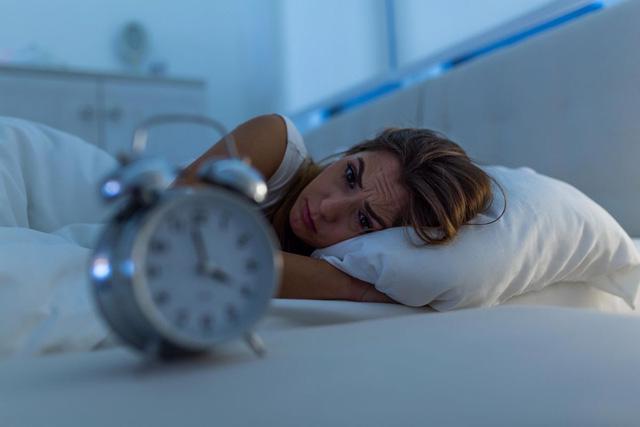 Không nên xem thường triệu chứng mất ngủ - Ảnh 1.