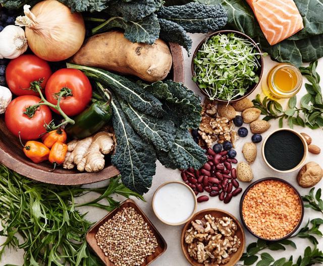 Chế độ ăn Địa Trung Hải đứng đầu bảng xếp hạng dinh dưỡng cho sức khỏe - Ảnh 1.