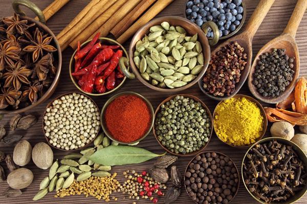 Thực phẩm chức năng Việt cạnh tranh sản phẩm ngoại - Ảnh 1.