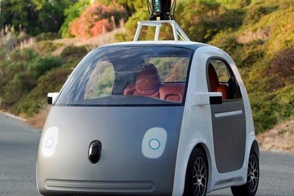 Xe tự lái của Google gặp phải 11 vụ tai nạn - Ảnh 1