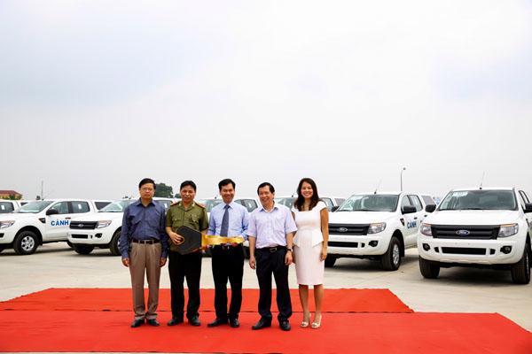 Ford Việt Nam bàn giao 75 xe Ford Ranger XL tới Bộ Công An - Ảnh 1
