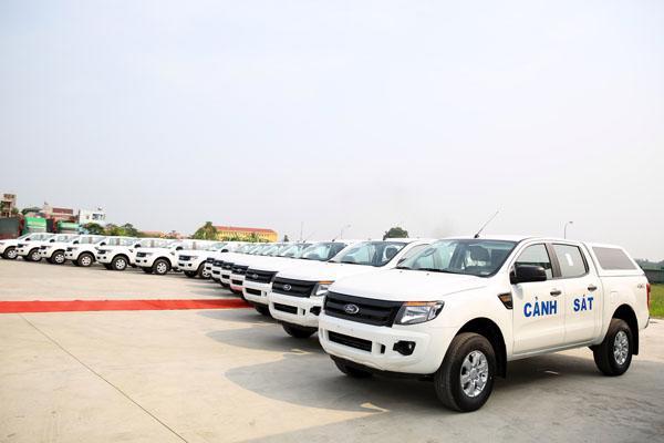 Ford Việt Nam bàn giao 75 xe Ford Ranger XL tới Bộ Công An - Ảnh 2
