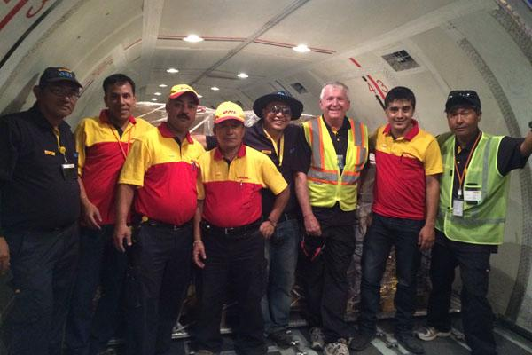 DHL Group đã cử đội ứng phó thảm họa đến Nepal trong vòng 48 giờ - Ảnh 1