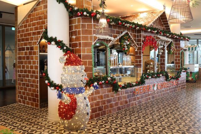 Đón Giáng sinh ở các khách sạn và khu nghỉ dưỡng từ Bắc vào Nam - Ảnh 1.