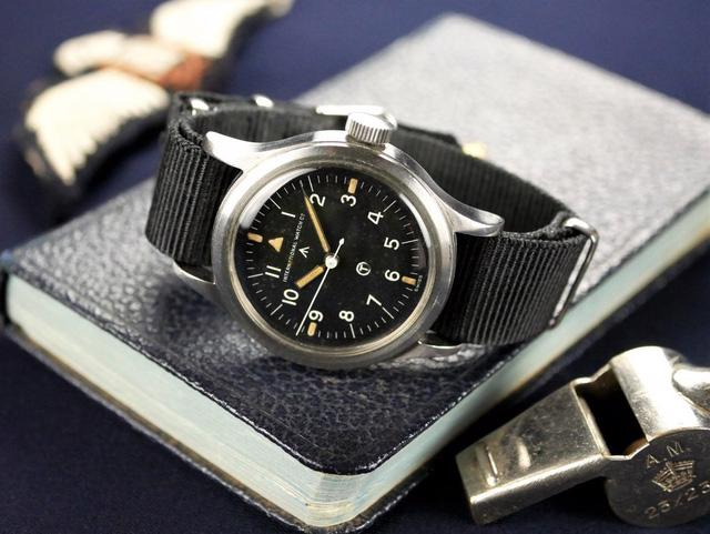 IWC Pilot's Watch Mark 11: chiếc đồng hồ phi công kinh điển - Ảnh 3.