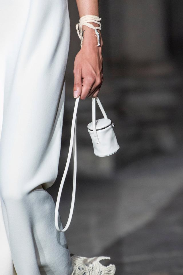 12 chiếc túi đẹp nhất mùa Xuân – Hè 2020 - Ảnh 6.