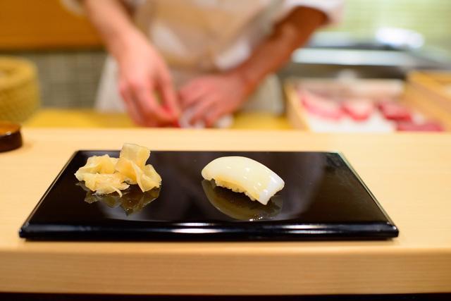 Câu chuyện về nhà hàng sushi ngon nhất thế giới vừa bị tước sao Michelin - Ảnh 4.