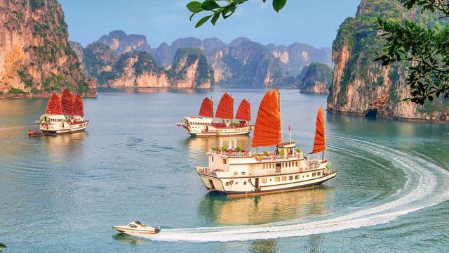 Quảng Ninh kích cầu du lịch với hơn 60 sự kiện từ nay đến cuối năm - Ảnh 1.