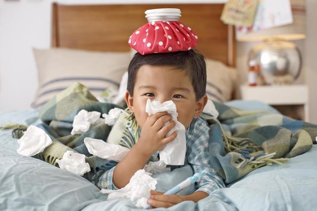Giao mùa, củng cố hệ miễn dịch cho trẻ - Ảnh 2.