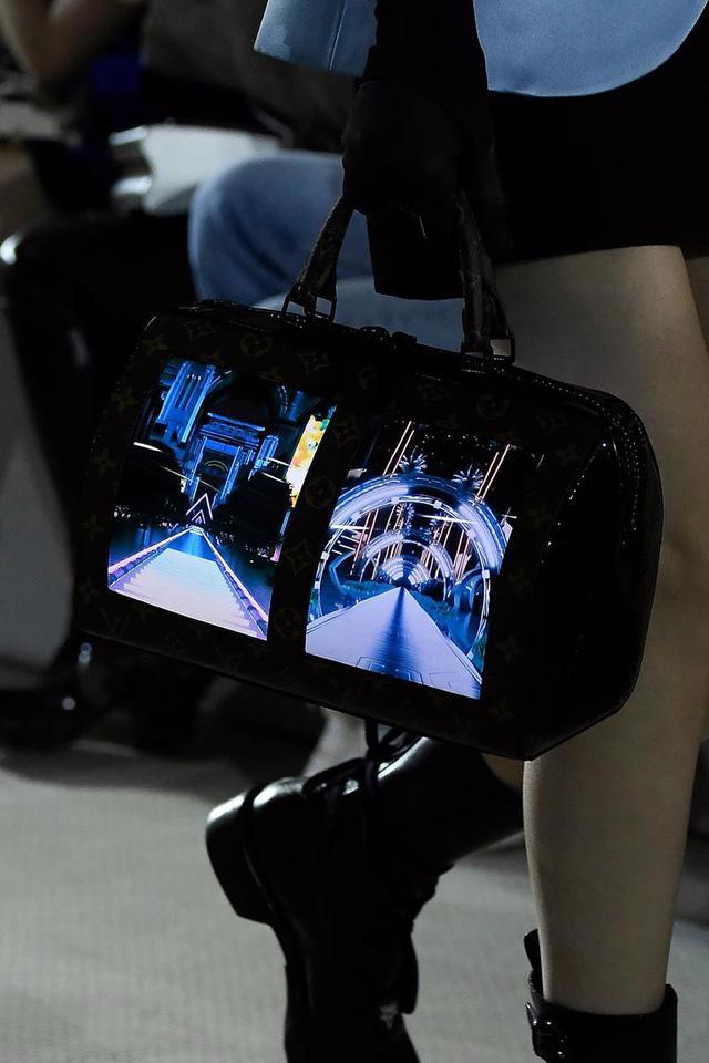 BST Louis Vuitton Resort 2020: công nghệ đã xuất hiện trong kỳ nghỉ - Ảnh 19.