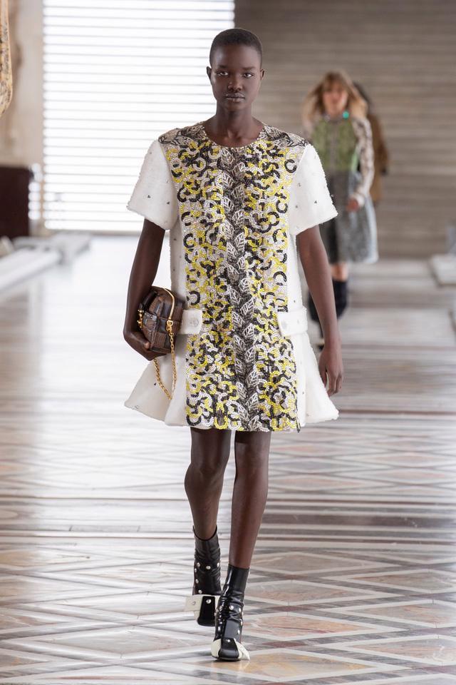 BST Thu Đông 2021 của Louis Vuitton: thành công của Nicolas Ghesquière - Ảnh 13.