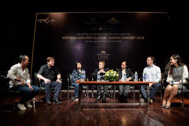 Vietnam Airlines lần thứ hai đưa dàn nhạc LSO đến Hà Nội - Ảnh 1.