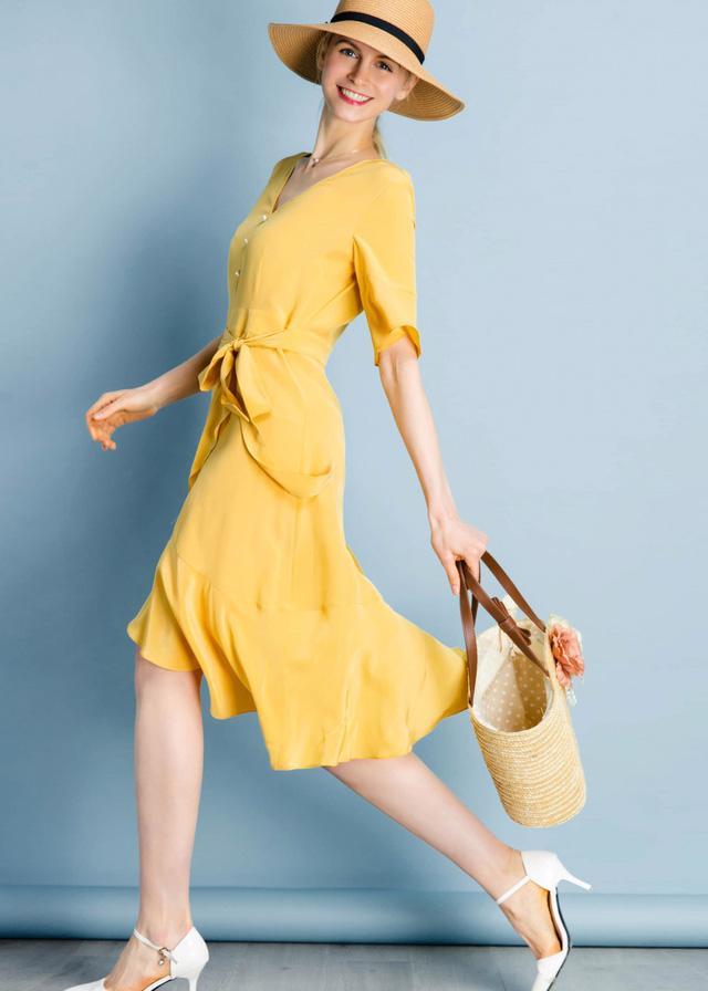 Vải lụa: chất liệu mát rượi của mùa hè - Ảnh 8.
