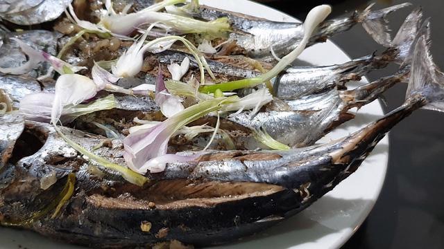 Đến Phú Yên, nhất định phải ăn món cá ồ - Ảnh 2.