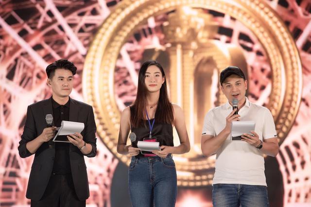 Đột nhập sân khấu Đêm chung kết Hoa hậu Việt Nam 2020 trước giờ G - Ảnh 6.
