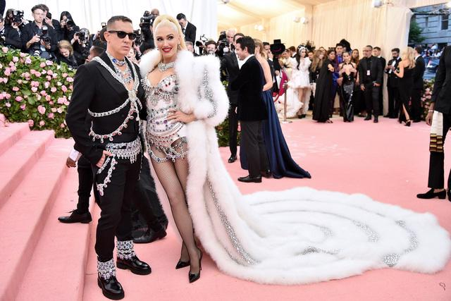 Met Gala 2019: những bộ trang phục trào phúng nhất trên thảm đỏ - Ảnh 9.