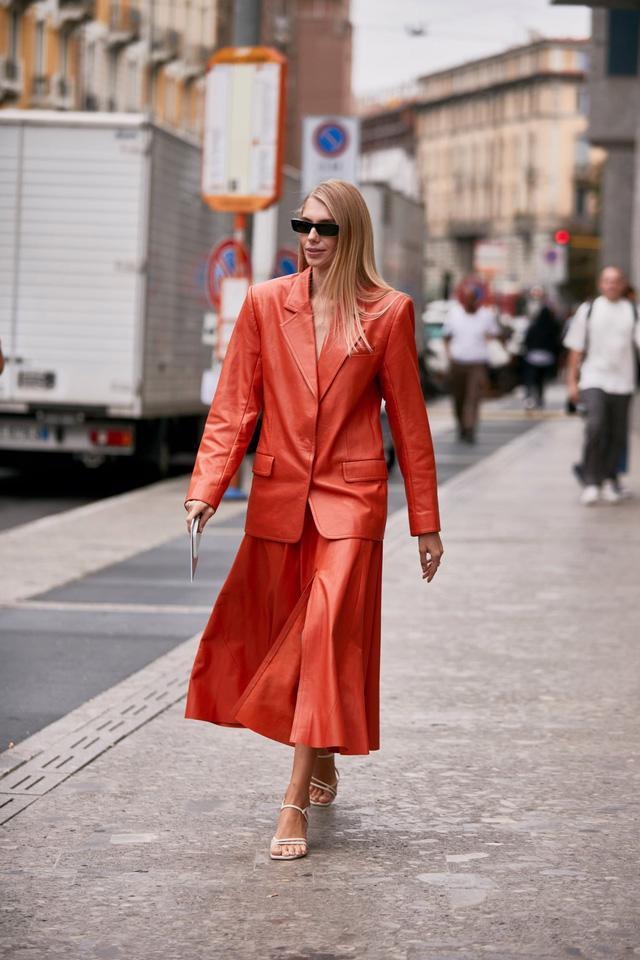 Chất liệu da nhuộm phủ sóng Milan Fashion Week - Ảnh 12.
