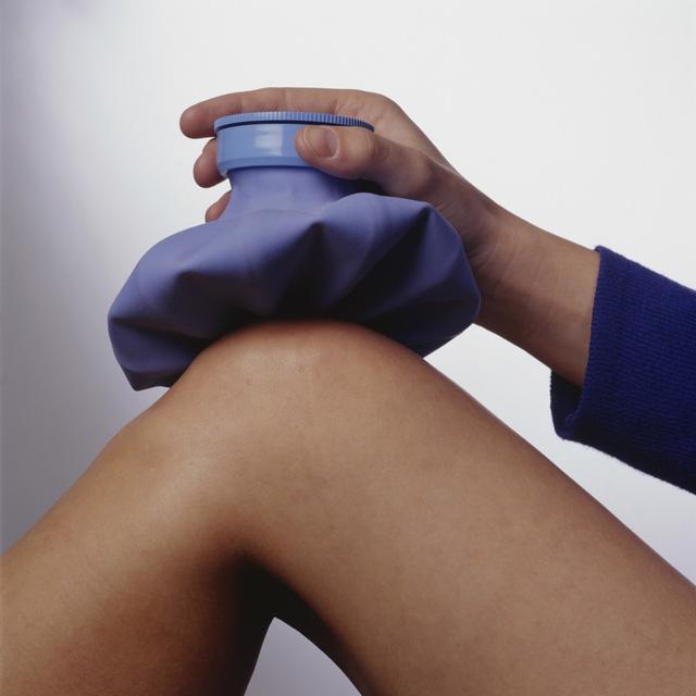 Một vài phương pháp giảm đau nhức xương khớp mùa lạnh - Ảnh 2.