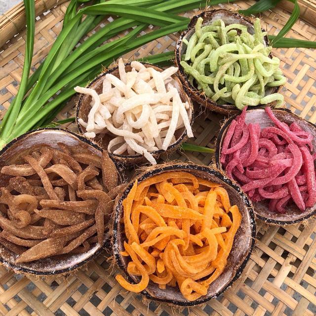 Mứt dừa – hương trái miền Tây - Ảnh 1.