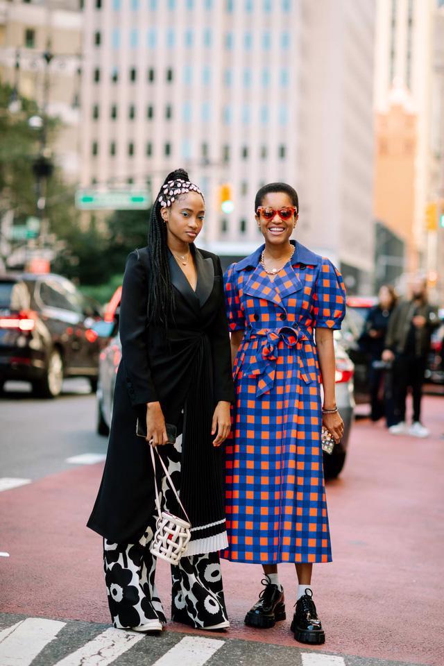 Những bộ cánh cá tính tại 2 ngày đầu New York Fashion Week - Ảnh 6.