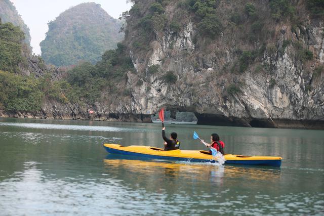 Hành trình khám phá đầy cảm xúc trên Du thuyền Indochine... - Ảnh 9.