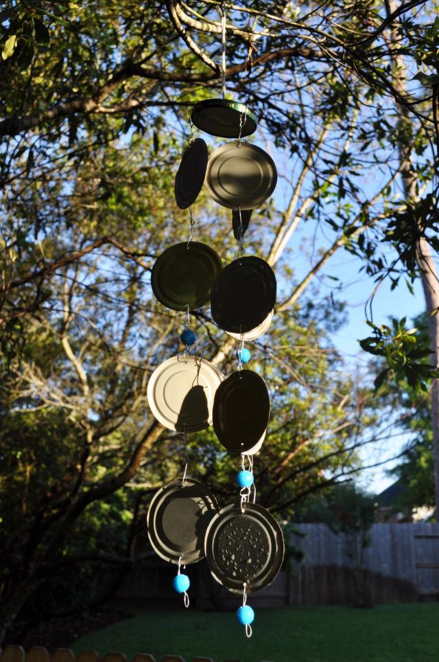 Tự làm chuông gió từ vật liệu tái chế cho mùa hè thêm mát rượi - Ảnh 5.